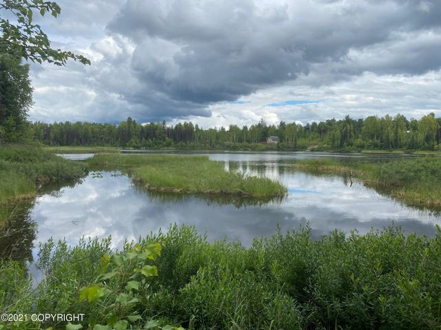 Listing photo 1 for 48881 S Silver Salmon Cir