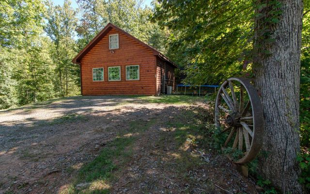 Property photo 1 featured at 1041 Prince Rd, Shoal Creek Township, NC 28906