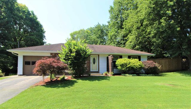 Listing photo 1 for 211 Brookview Ln