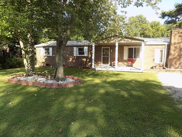 Listing photo 1 for 4688 Briarwood Dr