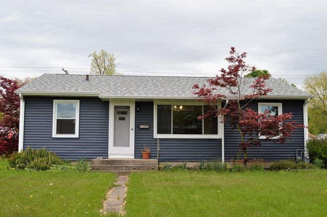 Listing photo 1 for 1202 S 11th St