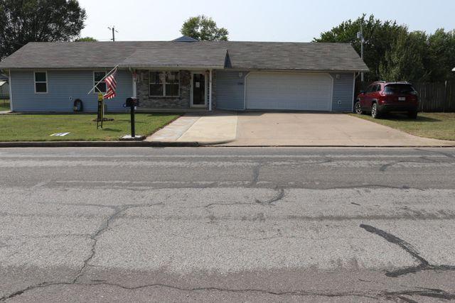1218 Rex Ave, Joplin, 64801, MO - photo 0