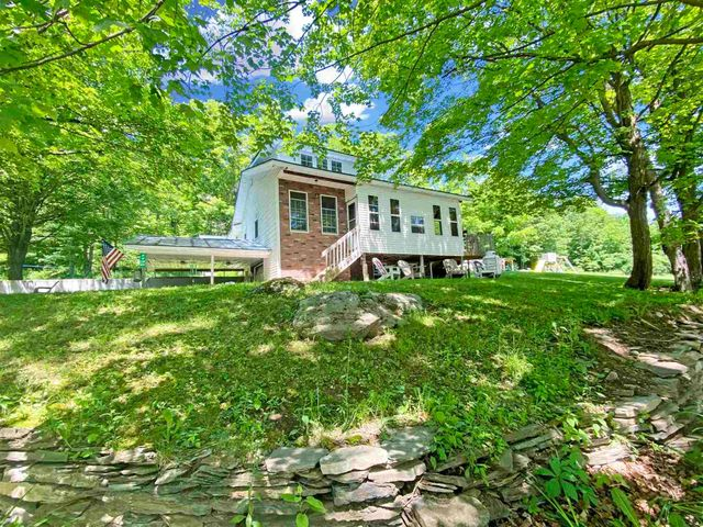 Listing photo 1 for 1136 Browns Corner Rd