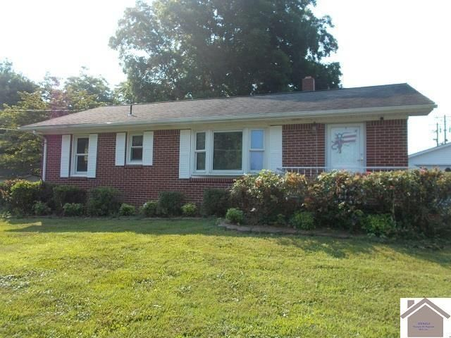 Listing photo 1 for 85 Hillsdale St