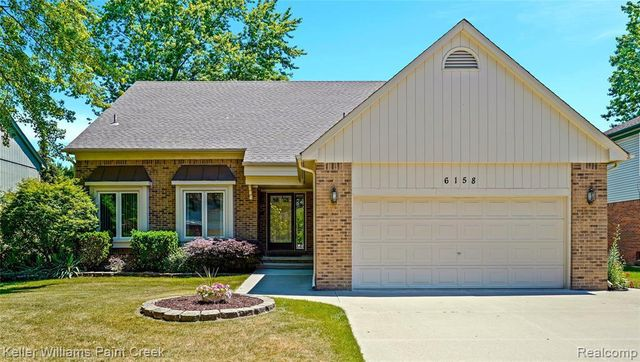 Listing photo 1 for 6158 Silverstone Dr