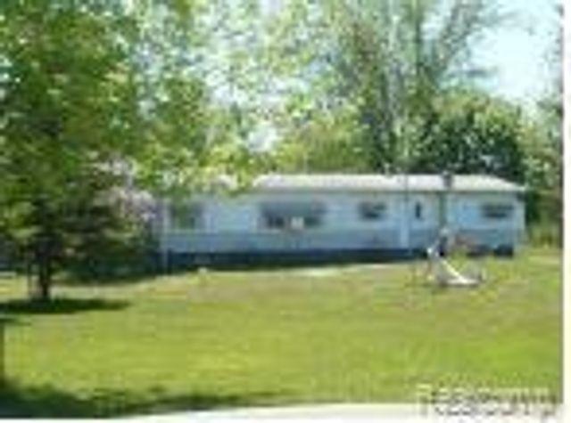 5665 Dove Rd, Kimball Township, 48074, MI - photo 0