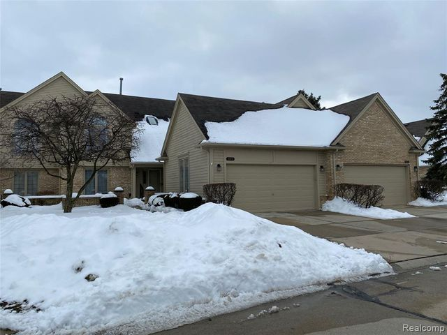 16971 Crystal Dr, Macomb, 48042, MI - photo 0