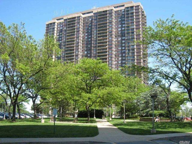 27010 Grand Central Pkwy Unit 18W, New York, 11005, NY - photo 0